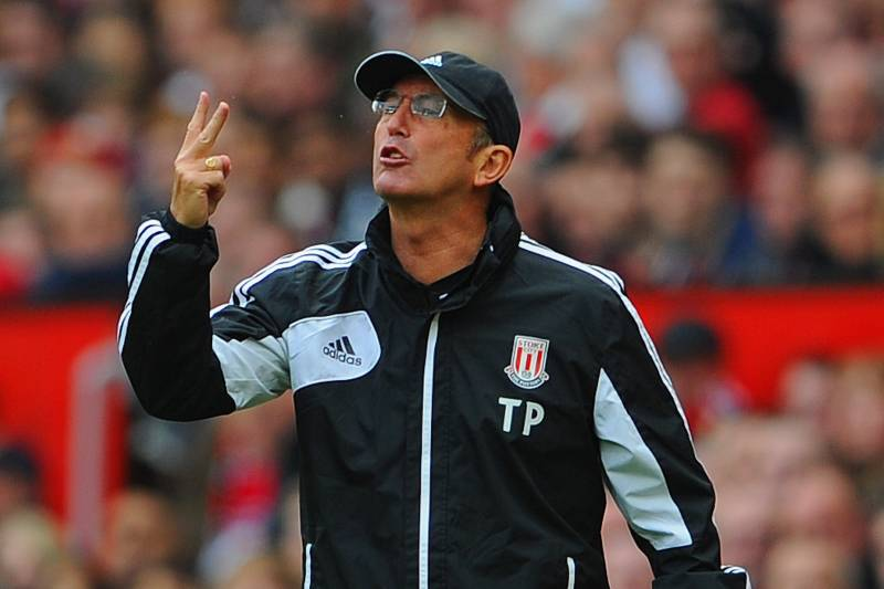 Tony Pulis sticking two fingers up